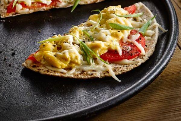 Egg, Tomato & Cheese Breakfast Pizzas